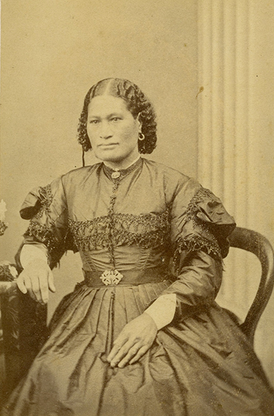 Ami Raimapaha Hone Te Pae Tahuna (Te Āti Awa), wife of Dunedin magistrate Isaac Newton Watt, taken in Dunedin in the late 1860's.
