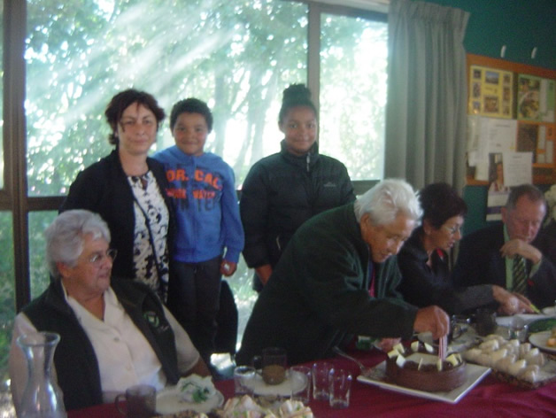 Aunty Ake with (left to right) her niece, Margaret Jones, great niece, Fiona Sloan, and great-great nephew and niece, Cobi and Jayda.