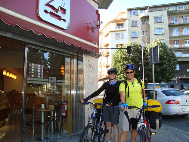 Bruce and Claire about to leave Pamplona by bike.