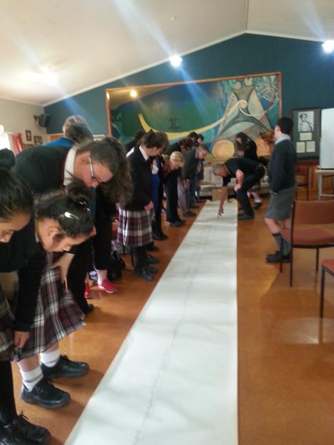 David Higgins demonstrates how whakapapa can cover many generations.