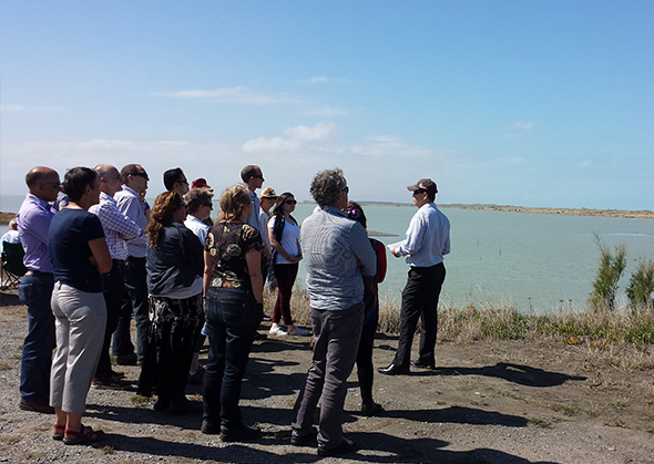 Environment Canterbury and Whakaora Te Waihora staff join Papatipu Rūnanga members for a science update around the lake. 1