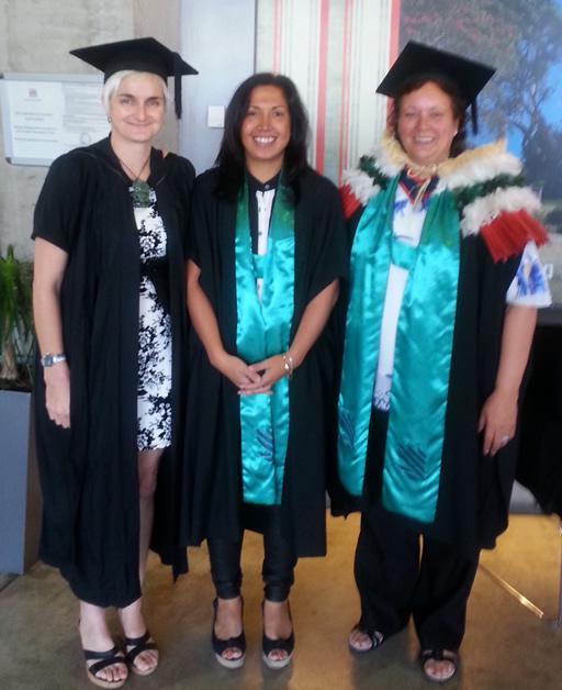 Graduands of Akona te Reo, Sarah-Jane Paki and Nola Tipa with kaiako Hana O'Regan (left).