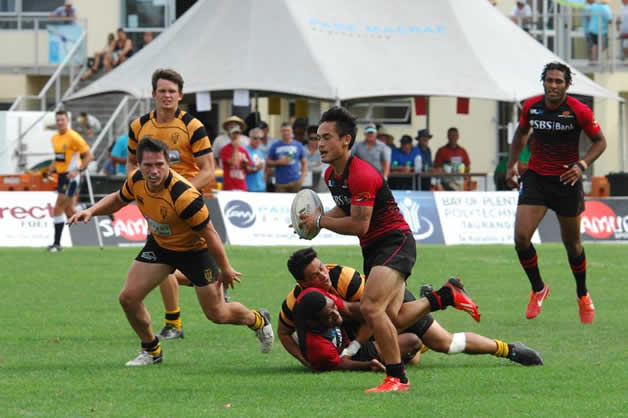 Jordan Stone (with the ball) racing in for another try.