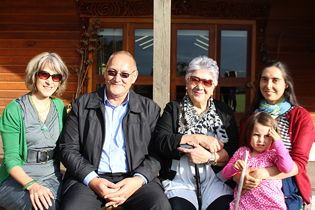 Katharina Ruckstuhl, Tā Mark, Caroline Ruckstuhl, Rachel Ruckstuhl-Mann with daughter Kahukura Ruckstuhl-Spence.
