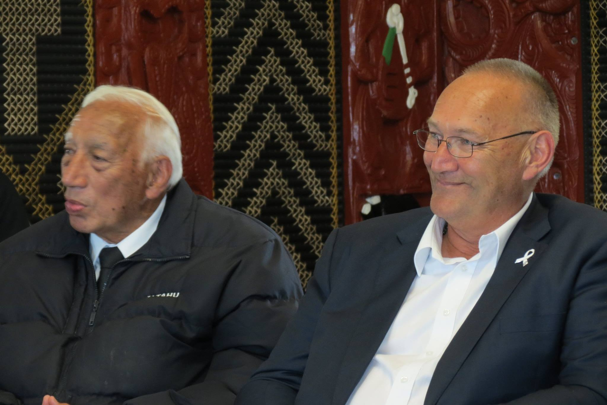 Kukupa Tirikatene and Tā Mark Solomon at his farewell event at Murihiku Marae.