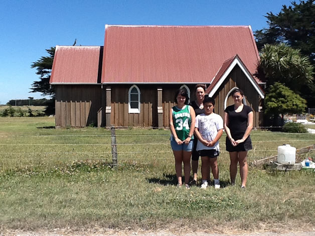 From left to right: Riana Pearson, Tania Simpson, Hawaiki Te Ruki and Ariahuia Te Ruki outside Hone Wetere Church at Taumutu.
