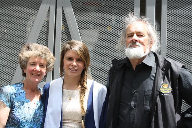 Left to right: Ruth Thomas (Mum), Sarah Thomas, Graeme Thomas (Dad).