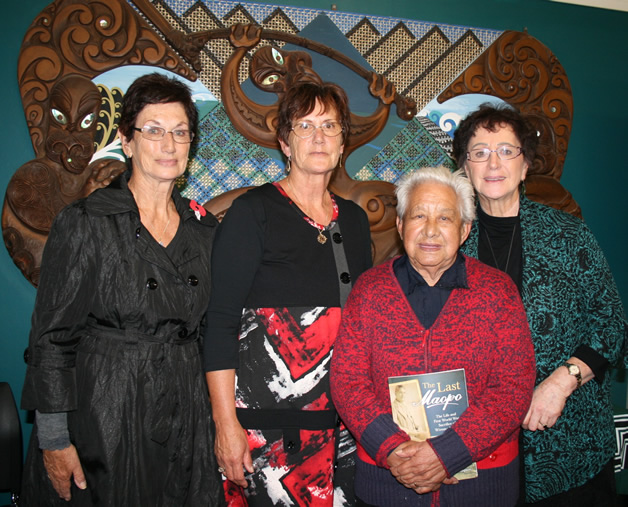 Left to right, Marilyn Anderson, Fiona Gibson and Maxine Allan with the late Aunty Ake Johnson.