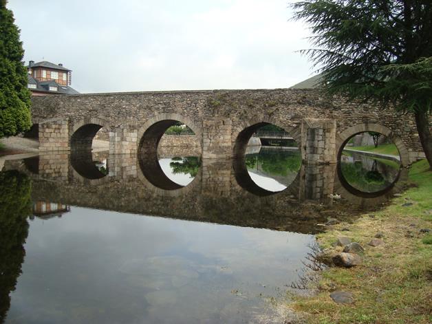 Molinaseca bridge.