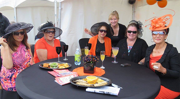Our Māhaki ladies looking lovely at the races.