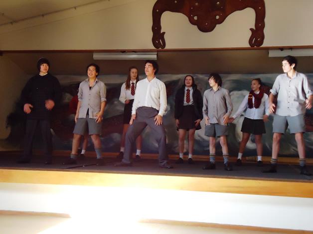 Rangatahi practice their performance for the graduation.
