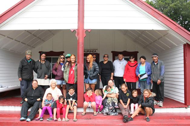 Some of the whānau Ngāi Tahu Taurahere ki Te Matau a Māui.