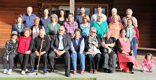 Tā Mark with Kāti Huirapa members.
