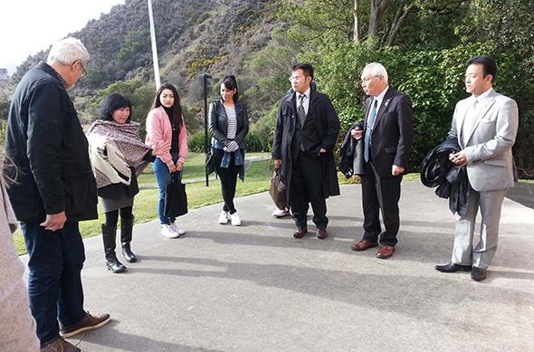 From left to right: Tahu Potiki, Misao Hook (interpepreter),Chihiro Tanaka, desiree Pereira, Junichiro Morishita, Hiromi Shimojima, Tomojo Mikami.
