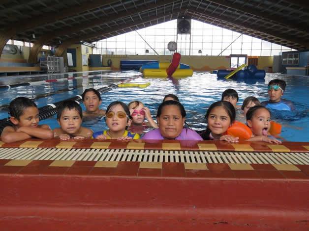 Tamariki enjoyed their time at the swimming pool.