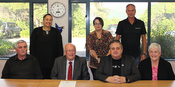 (L to R)  Back: Susan Wallace, Lisa Tumahai and Wayne Seeker. Front: Paul Madgwick, Peter Ballantyne (Chair West Coast DHB), Francois Tumahai and Elinor Stratford.