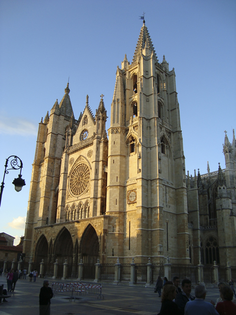 The Leon Cathedral at sunset.