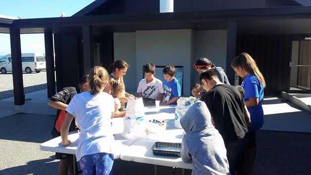 The tamariki enjoyed making their own play dough.