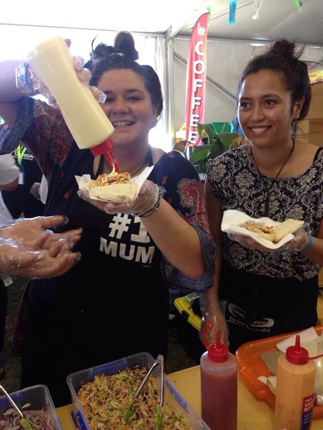 Tia Reriti and Lani Parata working together at the Ōtautahi MWWL stall.