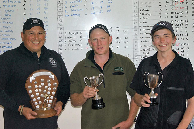 Tu Maaka (left) with other winners of trophies on the day.