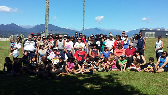Whānau at our last Makaawhio picnic and sports day.