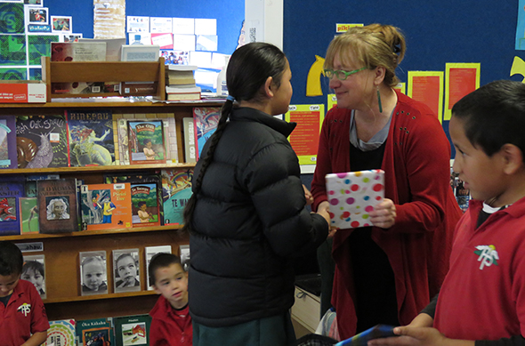 Whaea Bronwyn Te Koeti with 2015 reading challenge participant Karera Wallace Jones.
