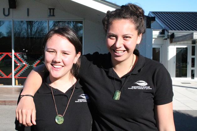 Whenua Kura students Tiana Pirimona (Ngāpuhi) and Mereana Hyde (Ngāti Tahinga).